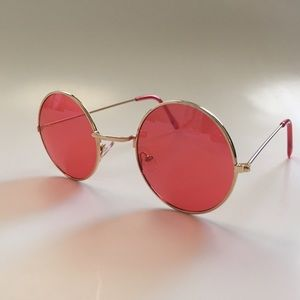 Accessories - Red retro circle round sunglasses